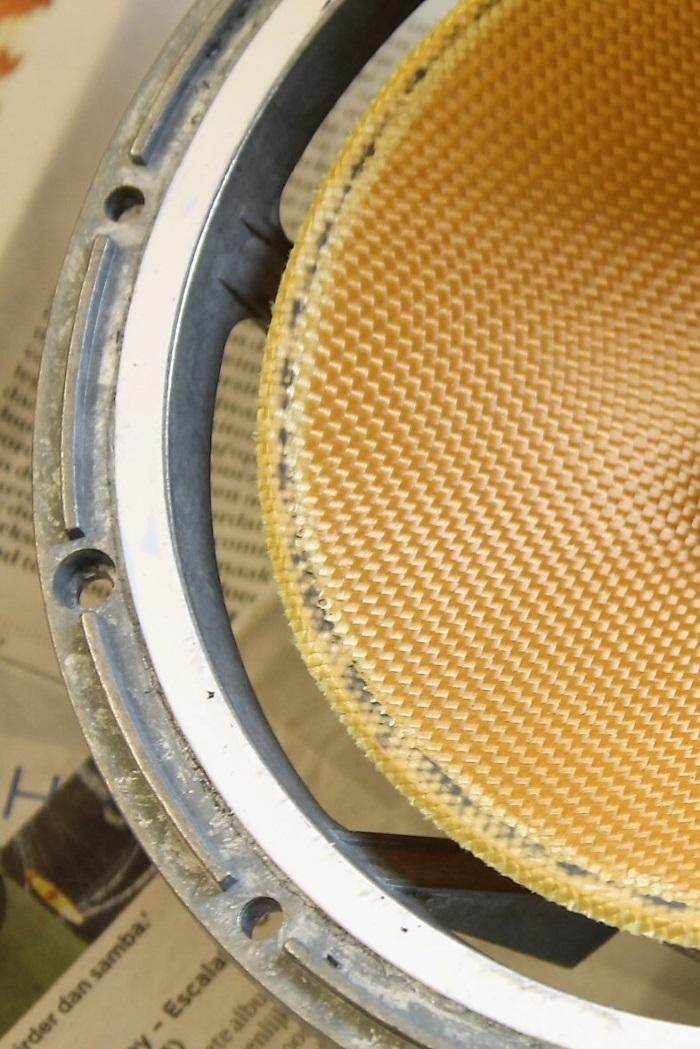 B&W ZZ11436 Gummisicke Ersatz: Konus von den Sickenresten befreit