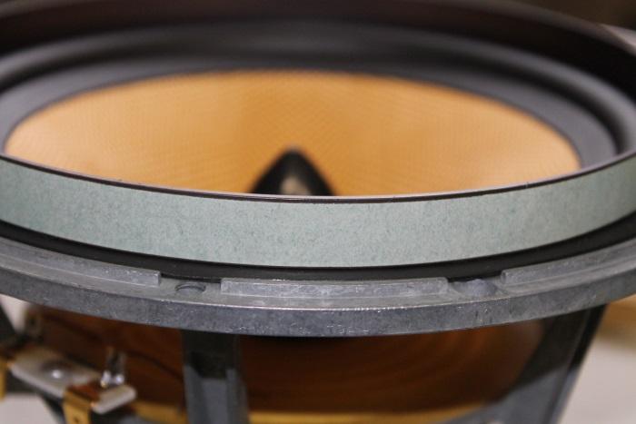 B&W ZZ11436 Gummisicke Ersatz: Sie können ein Gewicht auf den äußeren Rand der Sicke legen