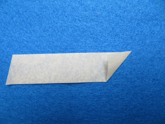 Replace ferrofluid in B&W ZZ05460 tweeter: fold the masking tape - the sticky side is on the outside
