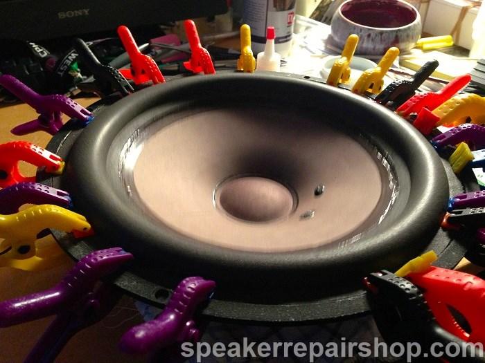 B&W DM604 S3 woofer voorzien van nieuwe rubber rand
