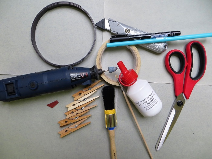 Gereedschap gebruikt voor vervanging rubber rand van B&W ZZ11436 woofer